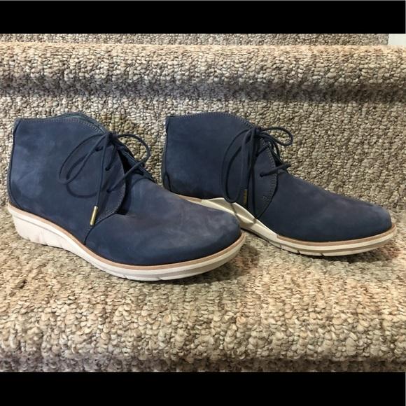 Dansko Shoes - Dansko Joy Bootie in Blue Nubuck